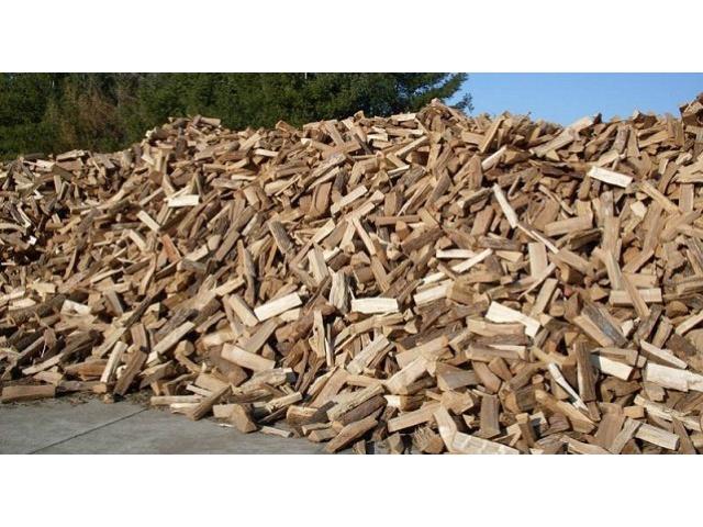 Palivové dřevo volně sypané