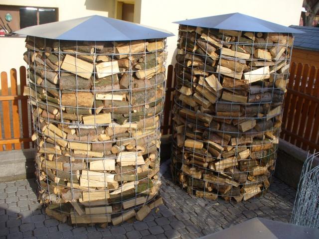Zásobníky na palivové dřevo